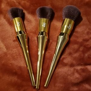 New Jessica Simpson makeup brushes